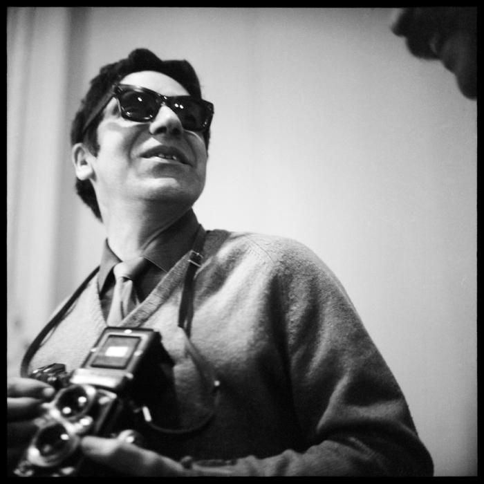 10- Carlos Cruz-Diez, Carlos Cruz-Diez, París, Francia, 1960, fotografía, 90 x 90 cmBaja (1)