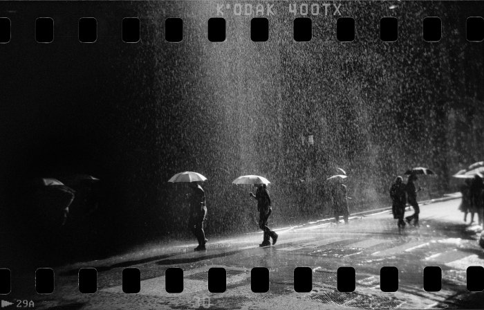 Fake rain of a film set in the bussiness center of Buenos Aires. Circa May 2007. 35 mm serie. Scan of analog source, Hernán Zenteno