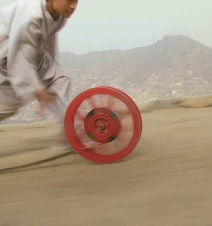 Reel-Unreel, Kabul, 2011. Video. 20'. Film que alude con juego infantil a la imagen real-irreal de Afganistán que tiene Occidente.