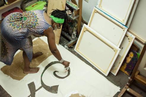 Tendai Willkinson en atelier Gustavo Amenedo