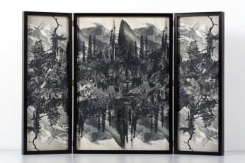 Collage # 87, 2015. (Frente). Retablo, collage, papel, hilo, bisagras. 60 x 89 cm (abierto)